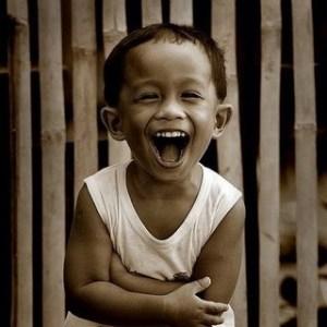pinoy-kid-laughing