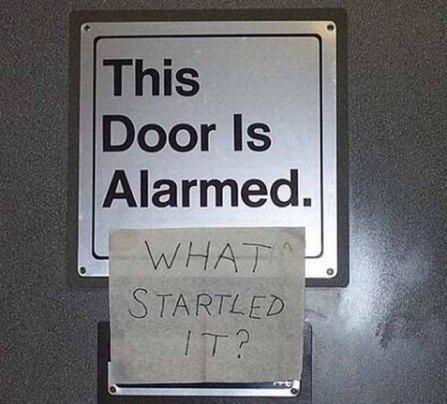 funny-graffiti-alarmed-door